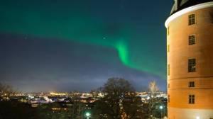 Northern Lights next to Uppsala Castle, Sweden - 19:00 Sun 17 Mar 2013