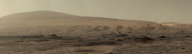 Mars magnificent mountainscape