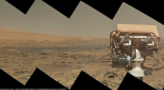 Mars Curiosity Rover looks longingly out to the upper slopes of Mt Sharp in the centre of Gale Crater